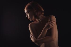 女性の画像
